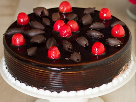 Eggless Truffle Cherry C...