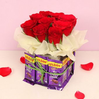 Red Roses. Dairy milk.