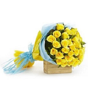 Bunch of 18 Yellow Rose