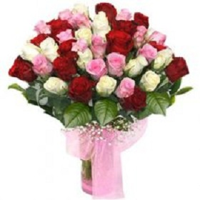 Mix of 50 fresh Roses ar...