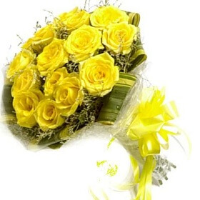 Bunch of 12 Yellow Rose