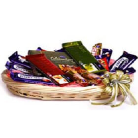 Basket of 8 psc Mixed Ch...