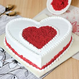 red velvet heart shape c...
